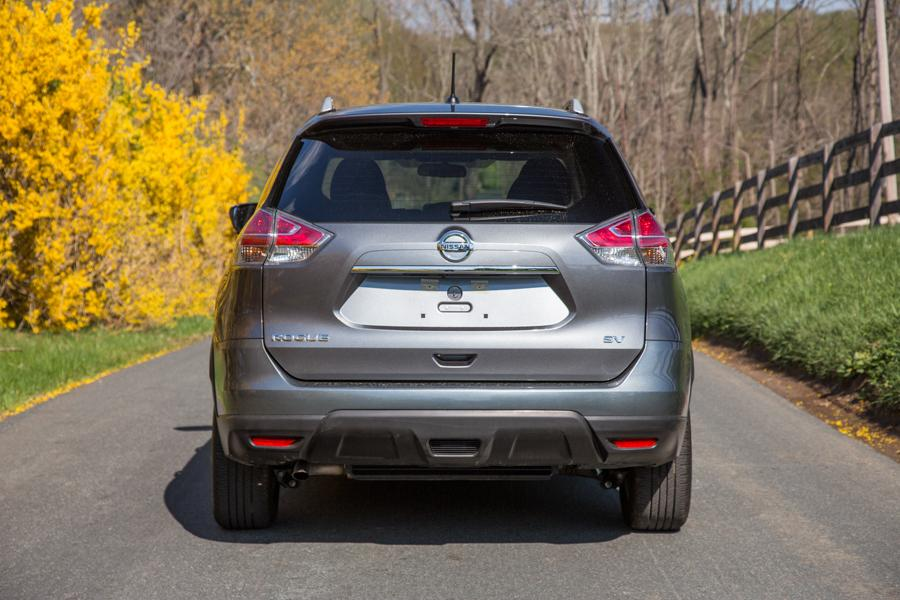 2016 Nissan Rogue Photo 6 of 27