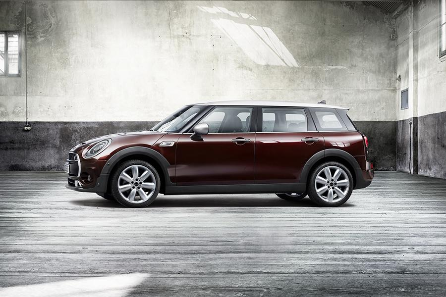 2016 MINI Clubman Photo 1 of 26