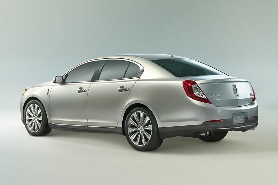 Lincoln MKS Sedan Models Price Specs Reviews  Carscom