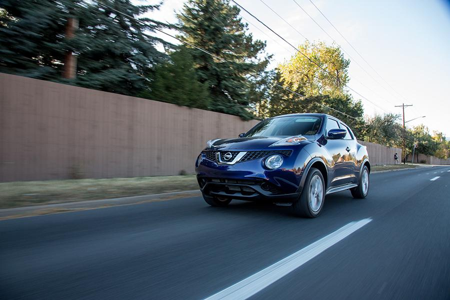 2016 Nissan Juke Photo 5 of 23