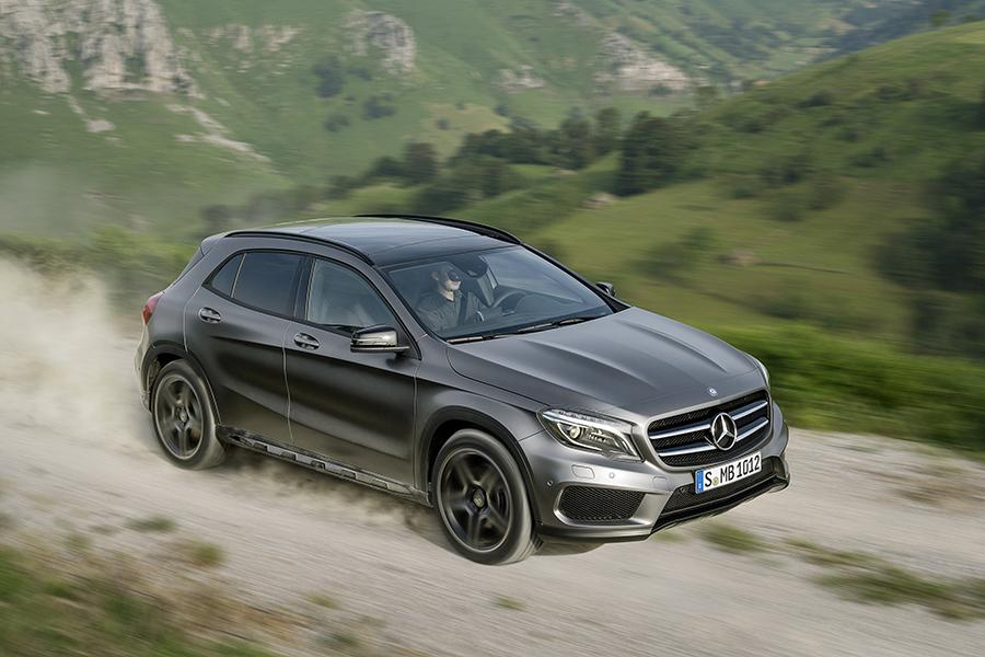 mercedes benz gla class sport utility models price specs reviews. Black Bedroom Furniture Sets. Home Design Ideas