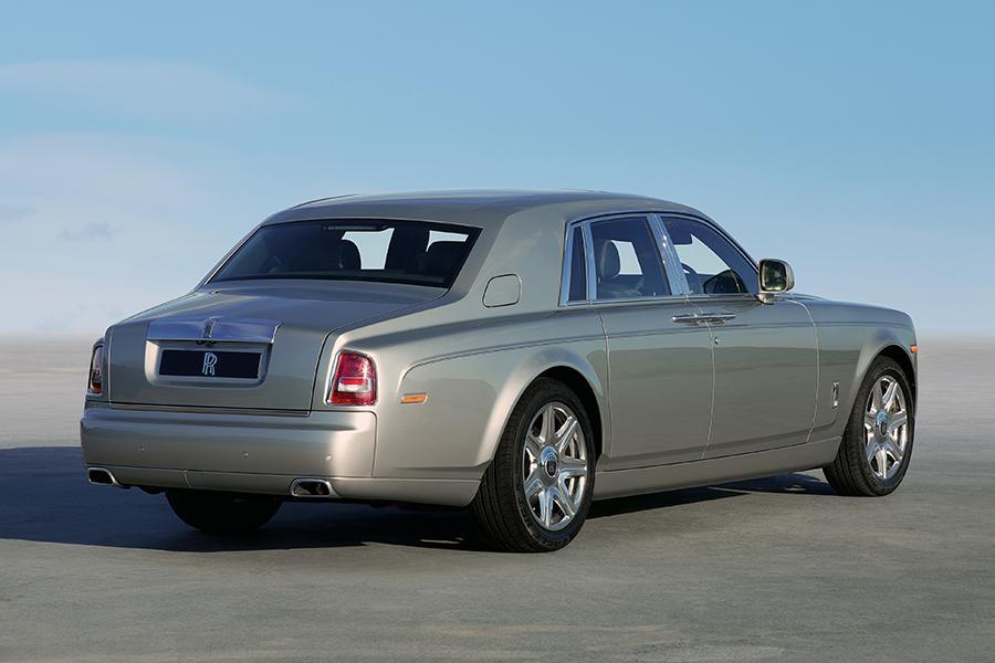2016 Rolls-Royce Phantom Photo 6 of 8