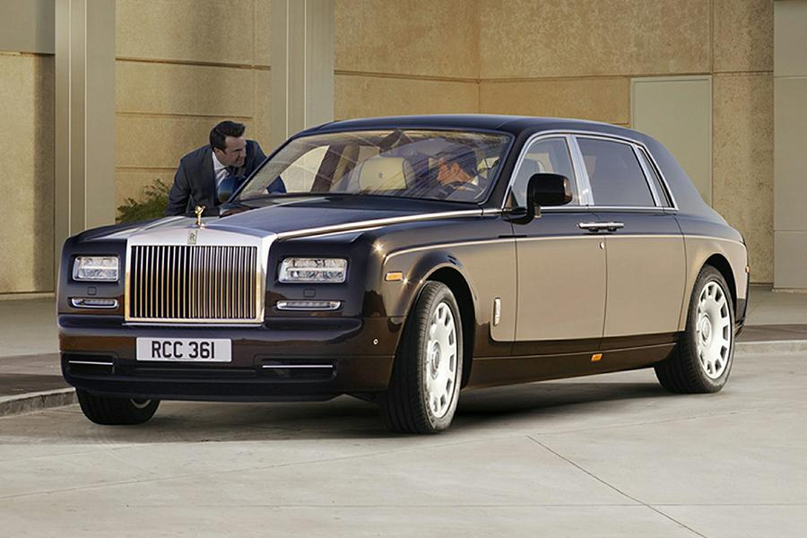 2016 rolls royce phantom overview