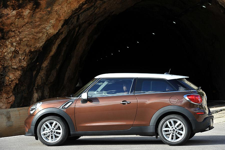 2016 mini paceman reviews specs and prices. Black Bedroom Furniture Sets. Home Design Ideas