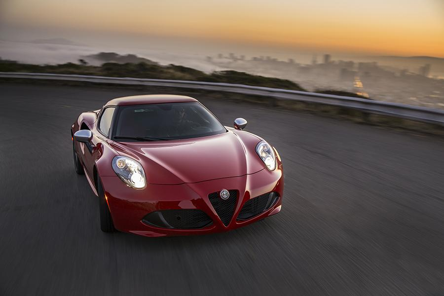 2016 alfa romeo 4c specs pictures trims colors. Black Bedroom Furniture Sets. Home Design Ideas