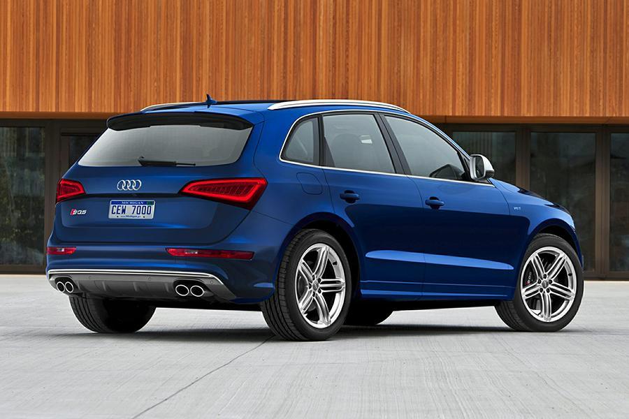 2016 Audi SQ5 Photo 3 of 18