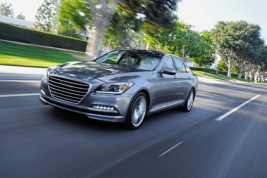 2016 Hyundai Genesis Photo 1 of 18