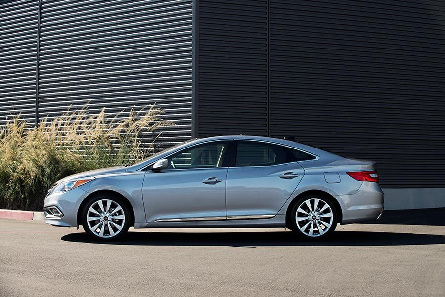 2016 Hyundai Azera Photo 1 of 13