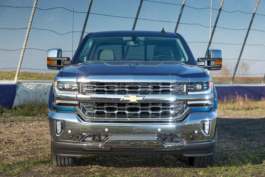 2016 chevrolet silverado 1500 reviews specs and prices. Black Bedroom Furniture Sets. Home Design Ideas