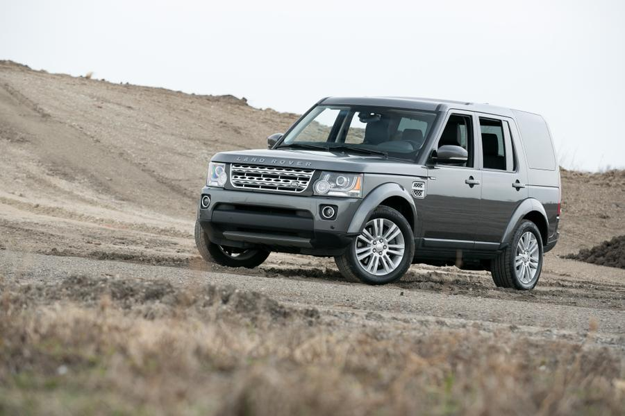 2016 land rover lr4 reviews specs and prices. Black Bedroom Furniture Sets. Home Design Ideas