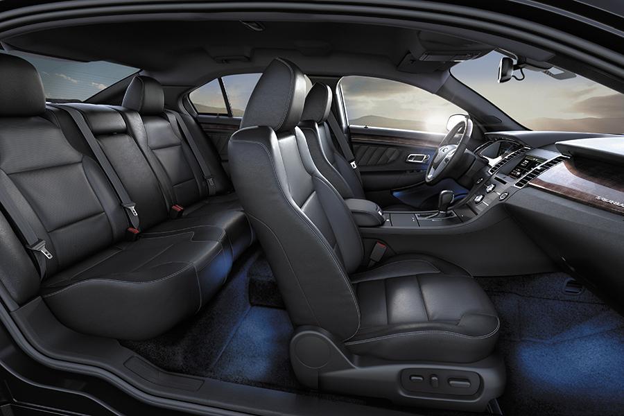 2016 Ford Taurus Photo 6 of 8