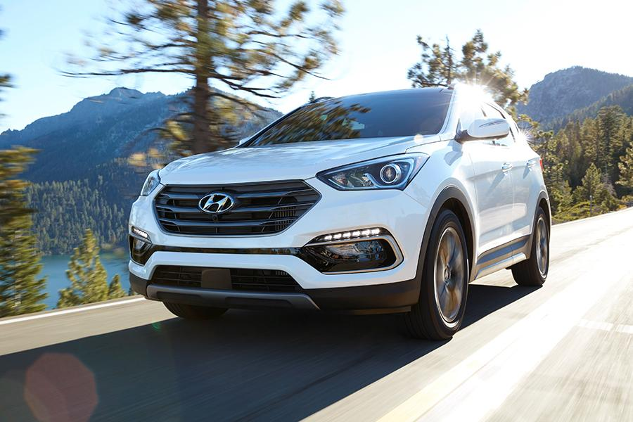 2017 Hyundai Santa Fe Sport Photo 1 of 12