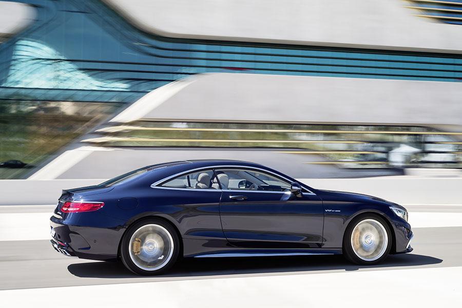 Mercedes benz amg s sedan models price specs reviews for Mercedes benz car models and prices
