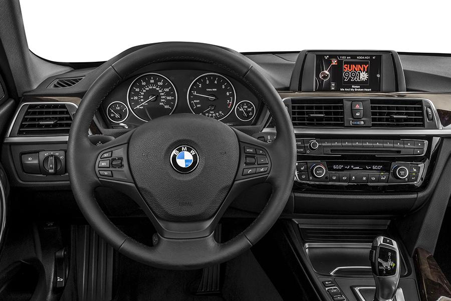 2016 BMW 320 Photo 5 of 6