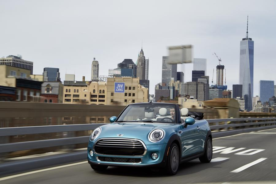 2016 MINI Convertible Photo 4 of 12