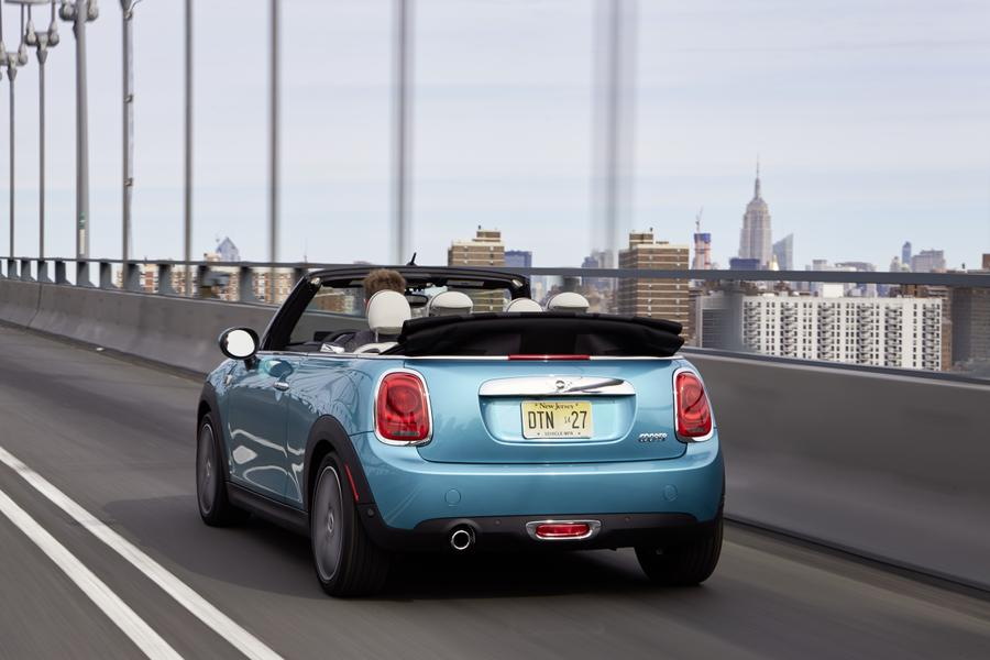 2016 MINI Convertible Photo 5 of 12