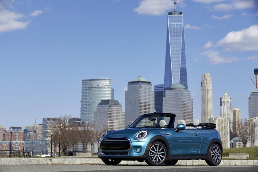 2016 MINI Convertible Photo 3 of 12