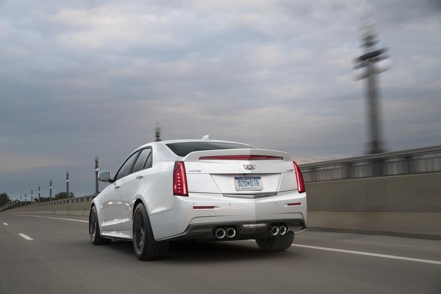 2017 Cadillac ATS-V Photo 2 of 4