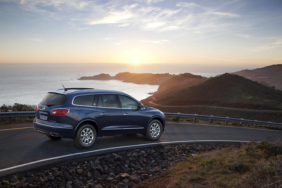 2017 Buick Enclave Photo 6 of 13