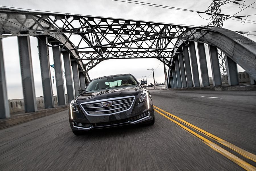 2017 Cadillac CT6 Photo 5 of 18