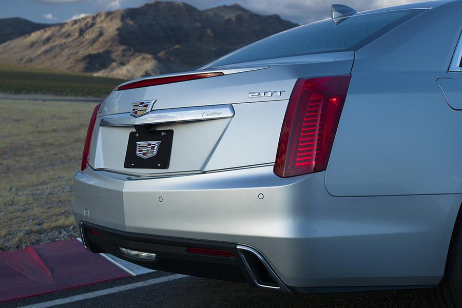2017 Cadillac CTS Photo 5 of 10