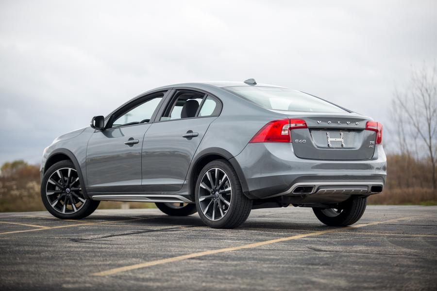 2017 Volvo S60 Cross Country Overview Cars Com