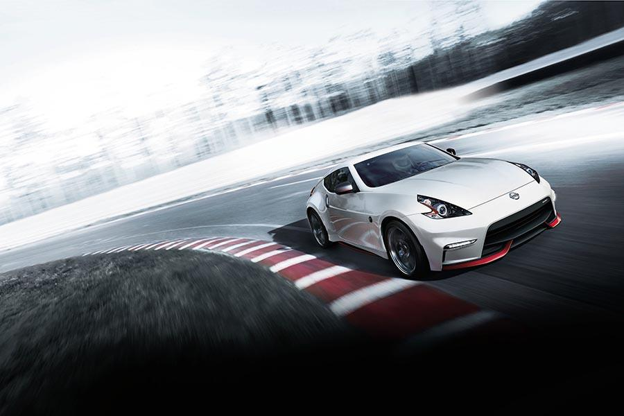 2017 nissan 370z reviews specs and prices. Black Bedroom Furniture Sets. Home Design Ideas