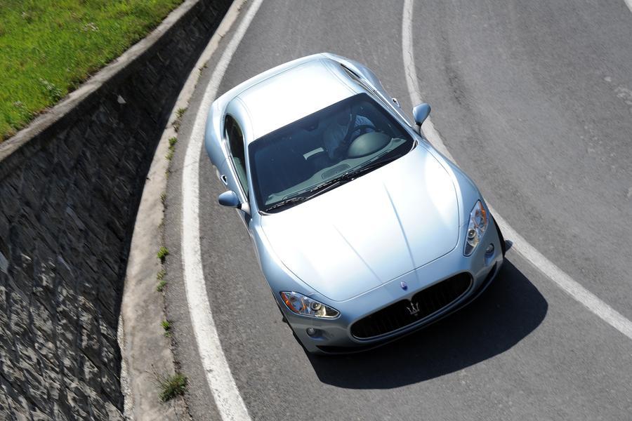 2017 Maserati GranTurismo Photo 5 of 9
