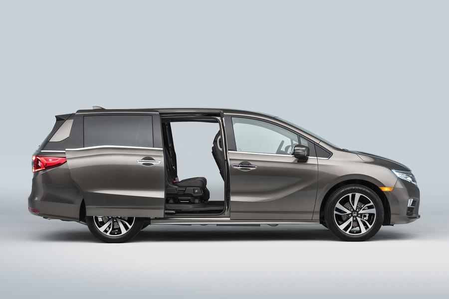 2018 Honda Odyssey Photo 4 of 9