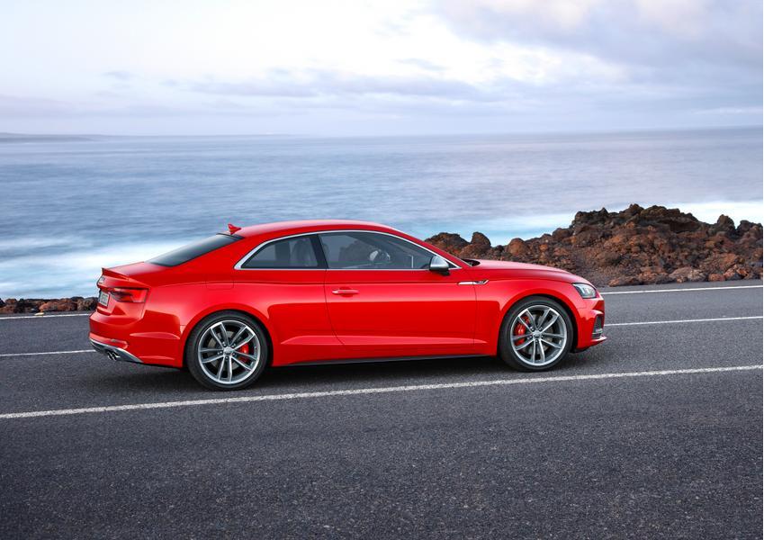 2018 Audi S5 Photo 4 of 5