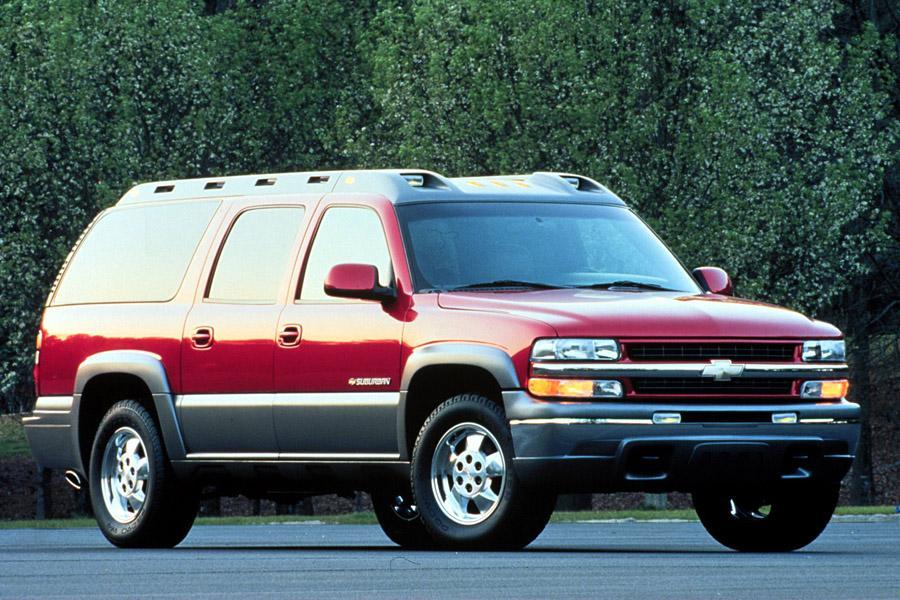 2000 Chevrolet Suburban Photo 2 of 5