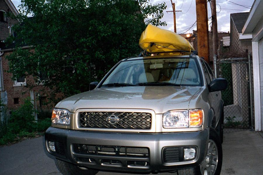 2001 Nissan Pathfinder Photo 2 of 4