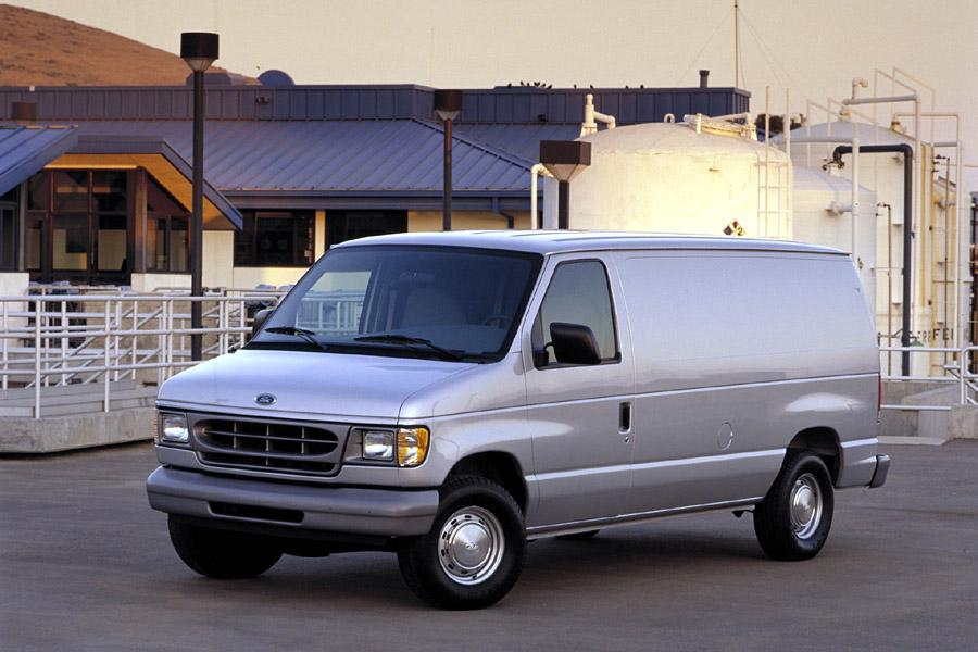 2000 Ford E150 Photo 2 of 4