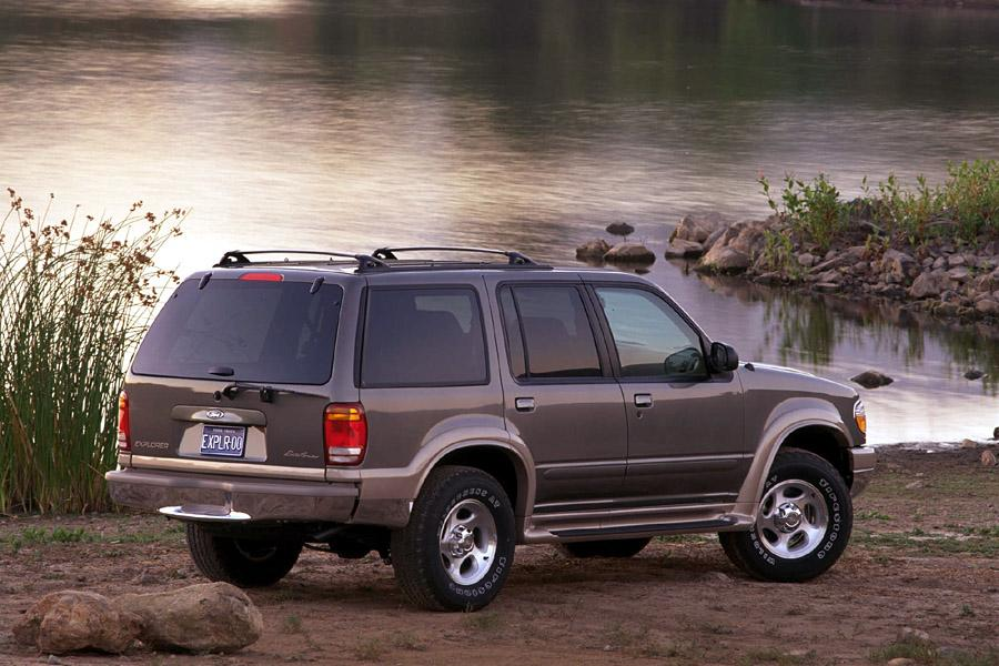 2000 Ford Explorer Photo 1 of 7