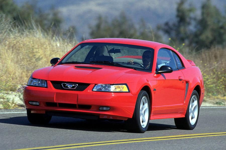 2000 ford mustang specs pictures trims colors. Black Bedroom Furniture Sets. Home Design Ideas