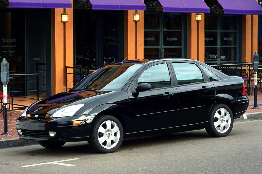 2001 Ford Focus Photo 1 of 16