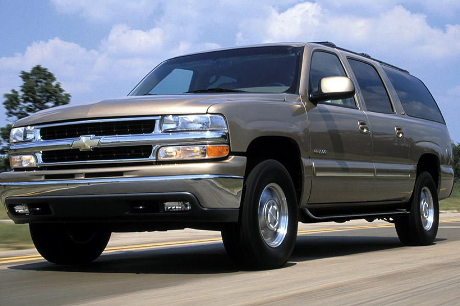 2001 Chevrolet Tahoe Overview | Cars.com