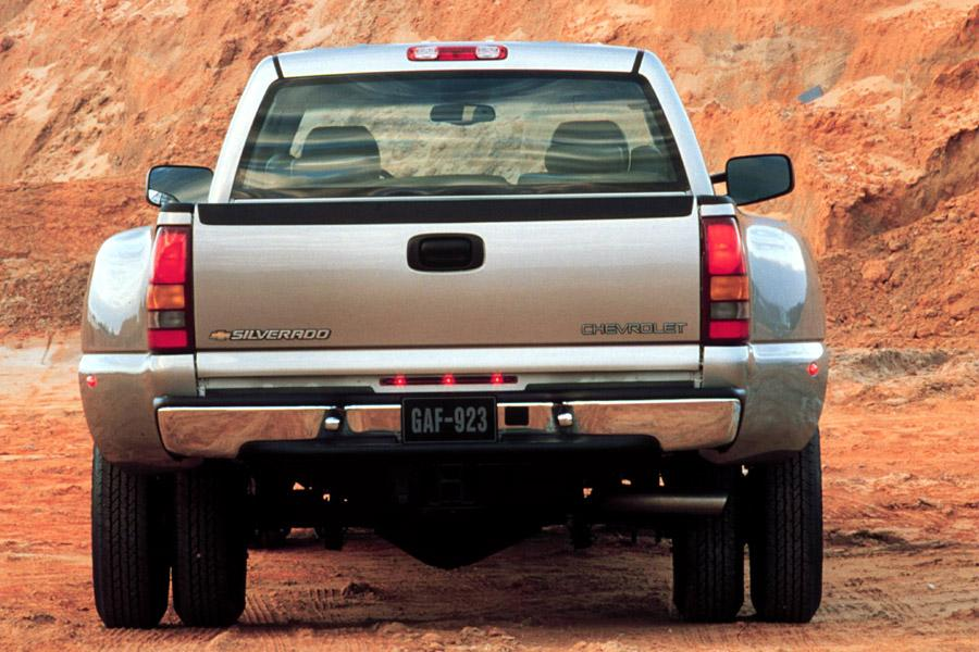 2001 Chevrolet Silverado 1500 Photo 6 of 19