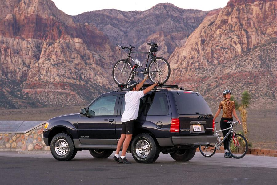 2001 Ford Explorer Sport Photo 3 of 8