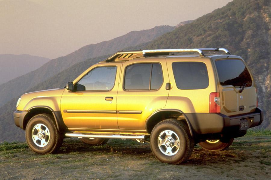 2000 Nissan Xterra Photo 2 of 5