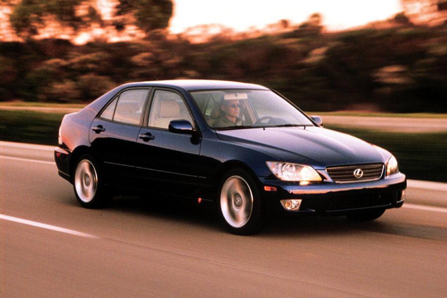 2001 Lexus IS 300 Photo 2 of 9