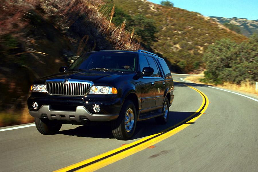 2001 Lincoln Navigator Photo 4 of 16