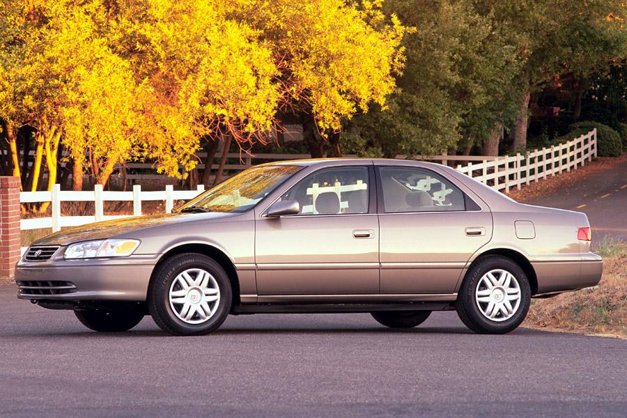 2001 Toyota Camry Photo 6 of 6