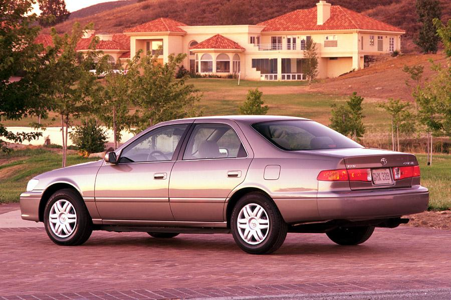 2001 Toyota Camry Photo 3 of 6