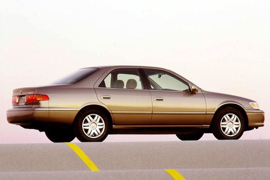 2001 Toyota Camry Photo 5 of 6