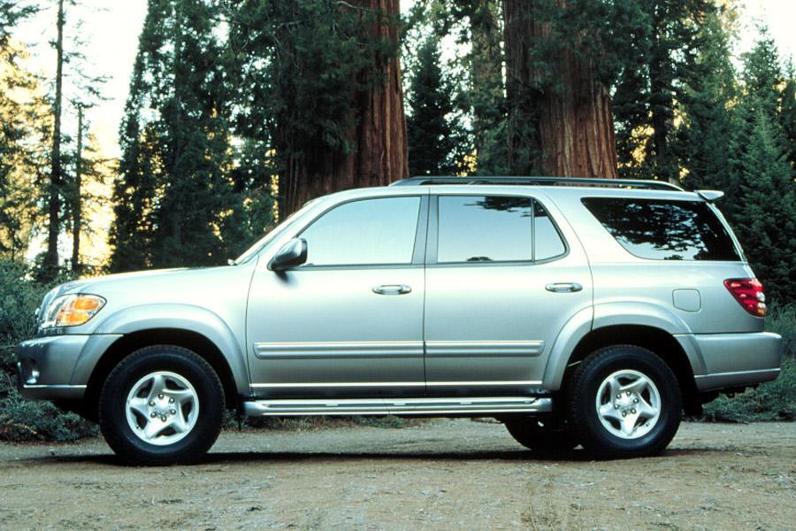 2001 Toyota Sequoia Photo 2 of 10