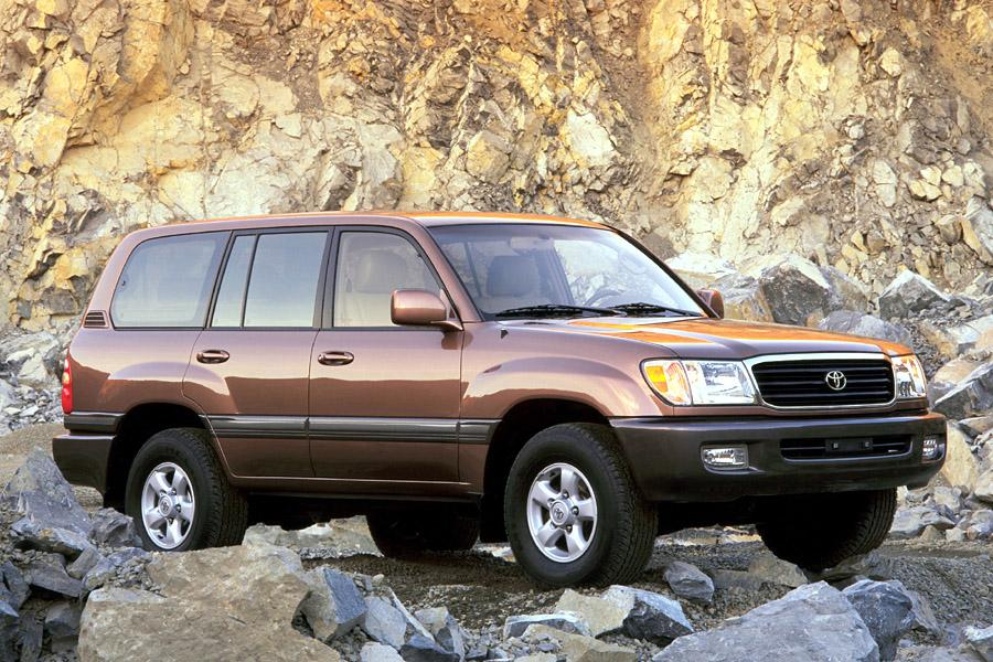 2001 Toyota Land Cruiser Photo 2 of 3