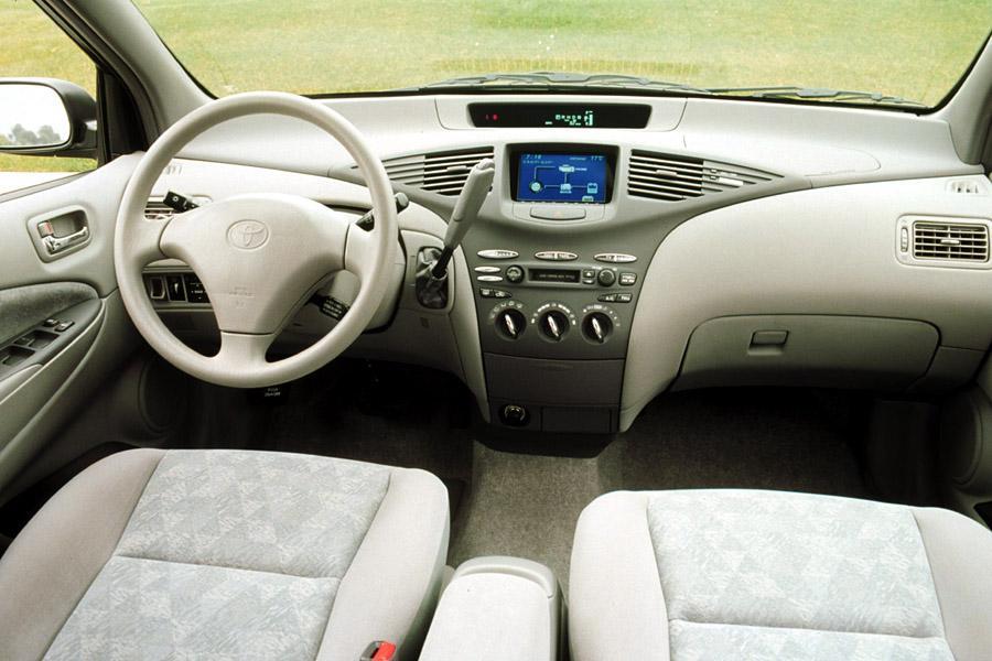 2001 Toyota Prius Photo 4 of 5