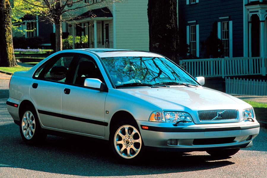 2000 Volvo S40 Photo 4 of 5