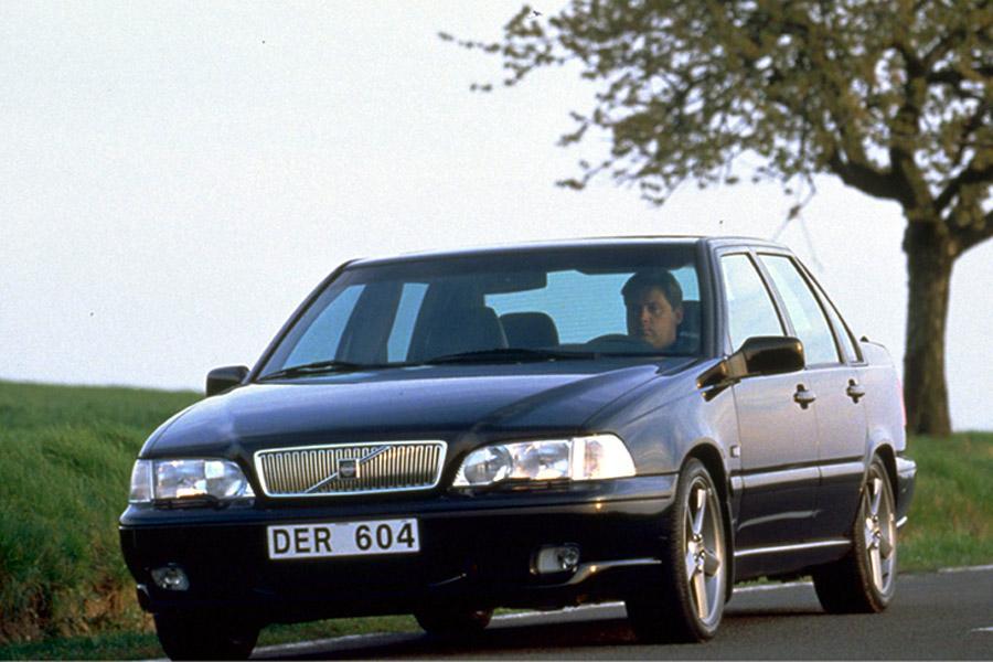 2000 Volvo S70 Photo 1 of 7